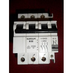 ABL SURSUM 32A TRIPLE POLE MCB WITH AUXILIARY CONTACT BLOCK