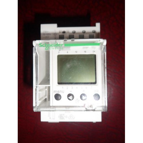 Schneider 24 Hour 7 Day Programmable Time Switch 1hp 1c